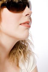 relaing en sunglasses