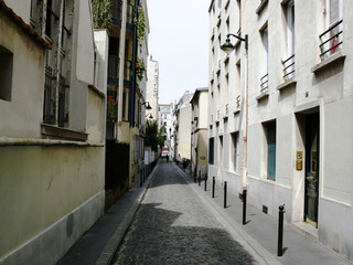 rue de paris.