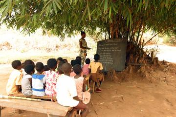 Spoed Fotobehang Afrika school class4