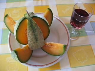 dessert melon et vin rouge