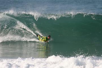 bodyboarder en action