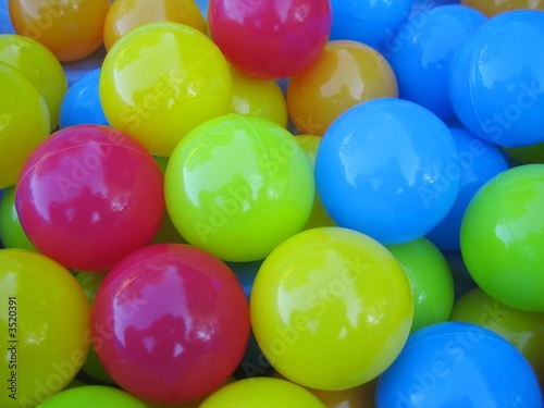bouncing ball coursework The coursework component requires candidates to offer four practical activities   jumping to head the ball, heading as a pass, heading while being marked.