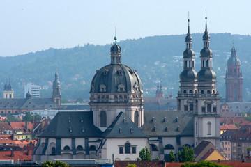 Blick auf Stift Haug Würzburg