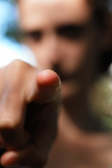condamnation, delation : montrer du doigt