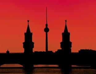 Fernsehturm und Oberbaumbrücke