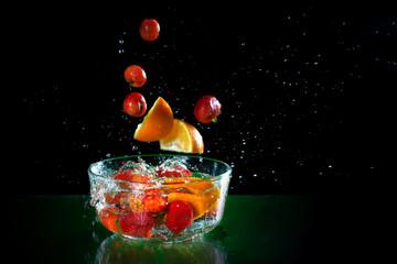 Poster de jardin Eclaboussures d eau fresh fruit