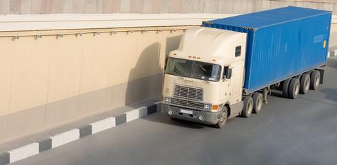 Fototapeta  American container truck on road of my trucks series