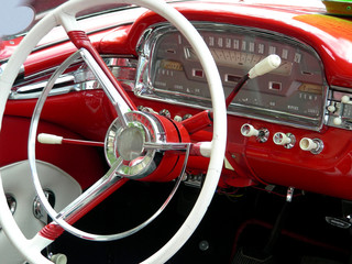 Steering wheel and controls in an antique car