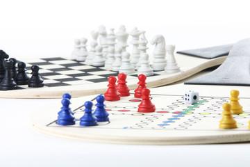 gesellschaftsspiel, mensch ärger dich nicht