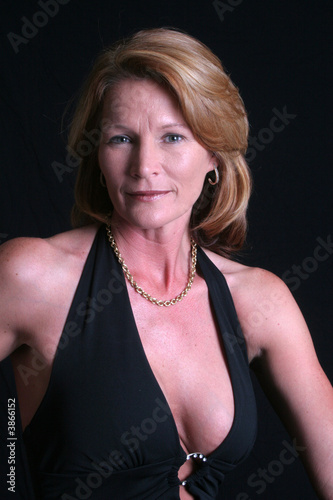 Beautiful black free mature picture woman