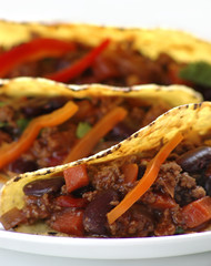 chilli con carne with tacos