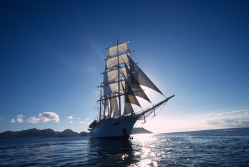 Antigua 98 / Star Clipper