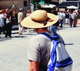 Le chapeau d'une dame