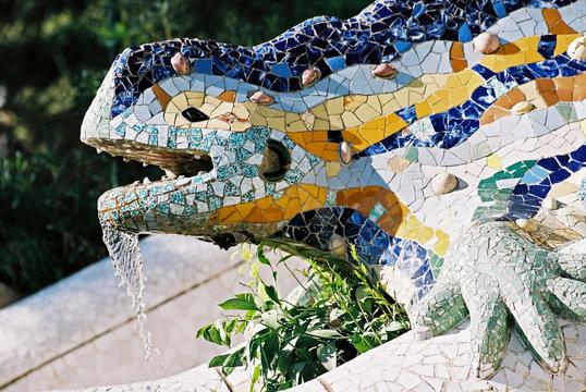 lizard fountain, barcelona
