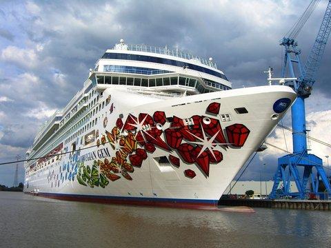 MS Norwegian Gem in der Meyer-Werft