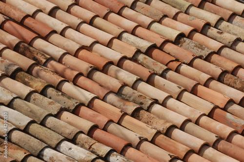 Tetto di tegole immagini e fotografie royalty free su for Stili tetto tetto