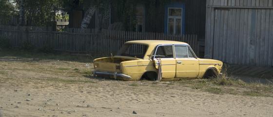 ruined car (vaz-2103)