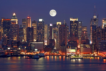 Canvas Prints New York Manhattan Mid-town Skyline at Night