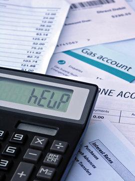 "Bills & Calculator displaying ""HELP"""