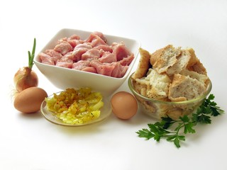 prepearing veal cutlets