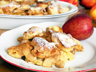 Czech sweet food - Apple pie