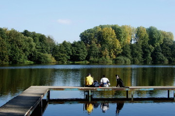 De Witt See im Naturpark Schwalm Nette in herbstlichen Farben