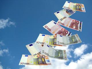 Geldscheine im Himmel