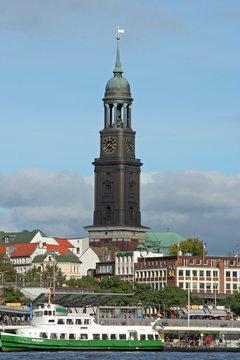 Hamburg - Landungsbrücken - St. Michaelis