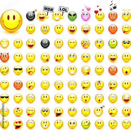 Lot de 87 smileys vectoriels facilement modifiable - Smiley a imprimer ...