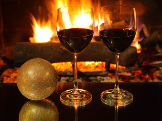 Romantic dinner for two, two glasses of red wine, Christmas