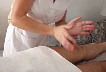 Masaje sobre piernas