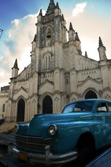 Garden Poster Cars from Cuba Old Havana splendor - vintage car and church facade