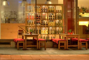 Rustikale Bar cocktail bar photos royalty free images graphics vectors