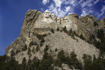 Mount Rushmore sculpture.