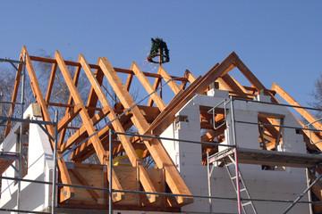 Richtfest auf der Eigenheim-Baustelle