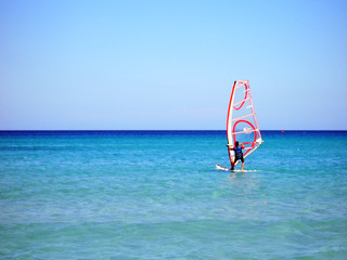 Windsurf in spiaggia