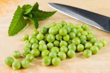 Fresh raw green peas