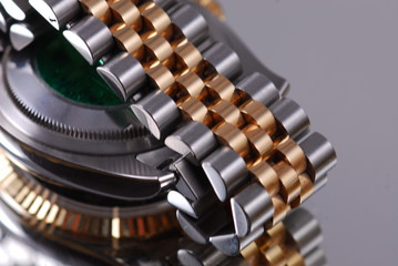 gold watch band
