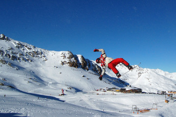 Salto jump snowboard