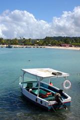 barche con sfondo della spiaggia