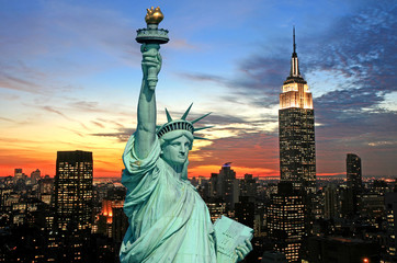 Aluminium Prints New York The Statue of Liberty and New York City skyline