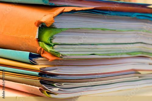 dossier classeur papier administratif d cision contrat 05 photo libre de droits sur la banque. Black Bedroom Furniture Sets. Home Design Ideas