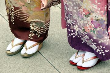 Japonaises en tabi et zori