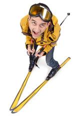 Skieur isolé  au grand angle