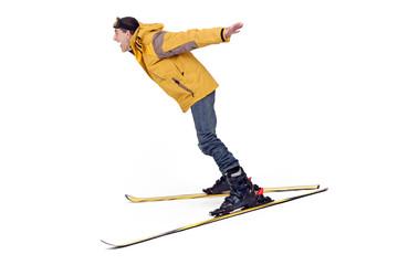 Skieur fou  en plein saut