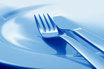 Teller mit Gabel und Messer