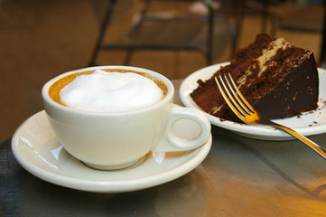 Frothy coffee and chocolate cake