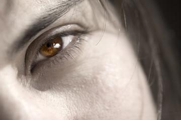 brown eye woman closeup shot