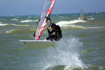 windsurf  Jump vague