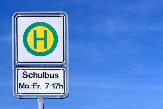 Schulbushaltestellenschild